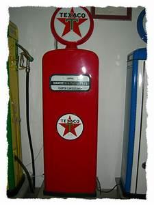 Pompe A Essence : pompes essence anciennes pour la d co de votre loft ~ Dallasstarsshop.com Idées de Décoration