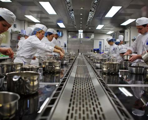cours de cuisine ottawa l 39 école de cuisine française et d 39 hôtellerie cordon bleu