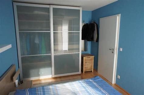 Ikea Pax Kleiderschrank, Eiche Weiß Lasiert, Breite 2m, Schiebetüren Lyngdal In Freiberg
