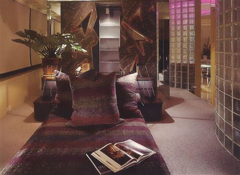 bedroom decoration ideas 1980s interior design cozy spaces mirror80