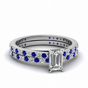Classic wedding ring set fascinating diamonds for Emerald cut diamond wedding ring sets