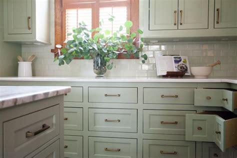 green corner kitchen photo page hgtv 1362