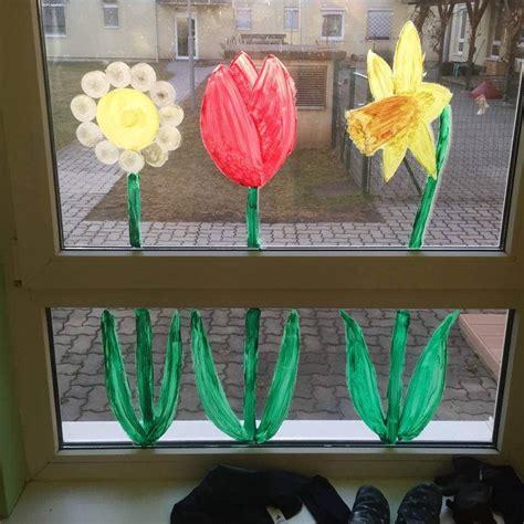 Frühlingsblumen Basteln Fürs Fenster by Fensterdeko Fr 252 Hlingsblumen 02 Kiga Fr 252 Hling Fr 252 Hling