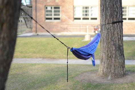 How To Put A Hammock Up by How To Properly And Safely Set Up A Hammock
