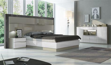 Fenicia Composition 21  Comp 601, Fenicia Modern Bedroom