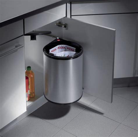 poubelle de porte de cuisine agréable poubelle cuisine encastrable sous evier 16