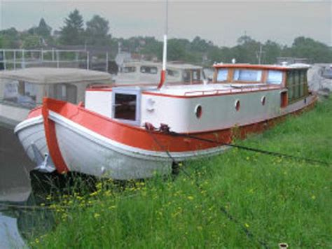 European River Boats by European River Houseboat