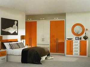 Kleine Kleiderschränke : kleines schlafzimmer einrichten 30 super ideen ~ Pilothousefishingboats.com Haus und Dekorationen