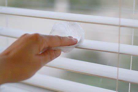 how to clean window blinds the best way to clean all the blinds in your house 183 one