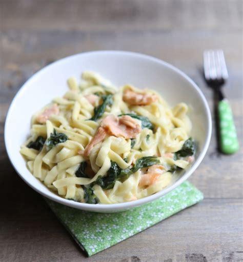 acheter cuisine en allemagne one pot pasta tagliatelles aux épinards et saumon fumé