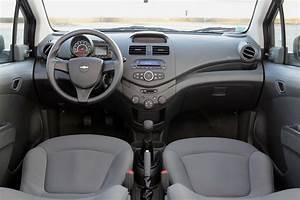 Chevrolet Spark Coffre : essai de la chevrolet spark 1 0 2010 l 39 argus ~ Medecine-chirurgie-esthetiques.com Avis de Voitures
