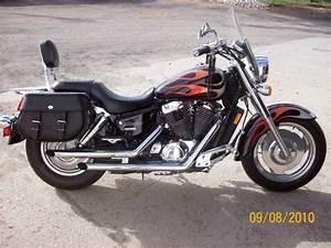 2005 Honda Shadow Sabre C2 1100 - Used Honda Shadow Sabre C2 1100  6 000  Brush