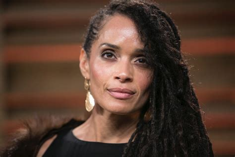 Bill Cosby's Treatment of Lisa Bonet Was a Sign