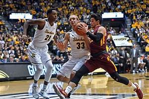 How Loyola-Chicago built a March Madness dark horse out of ...