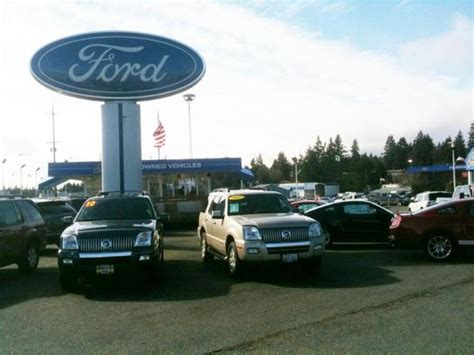 Harris Ford Lincoln car dealership in Lynnwood, WA 98036