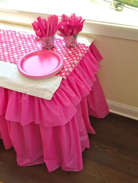 table cloth decoration 25 best ideas about plastic tables on plastic