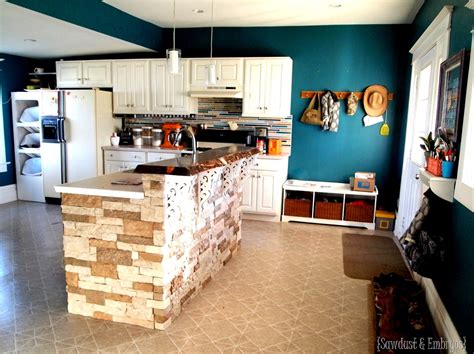 breakfast bar counter live edge lacquer sawdust and