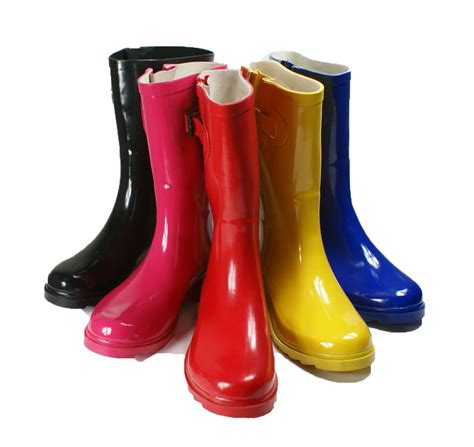 Boat Shoes In Rain by 30 Innovative Womens Rubber Rain Boots Sobatapk