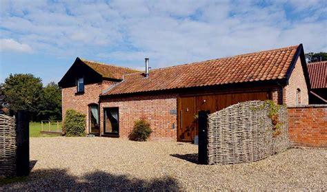 Red Brick Barn Conversion   Homebuilding & Renovating