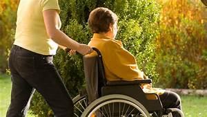 Bequeme Sessel Für Alte Menschen : pflegekraft aus polen eine beste freundin gegen die einsamkeit gesundheitsblog ~ Bigdaddyawards.com Haus und Dekorationen