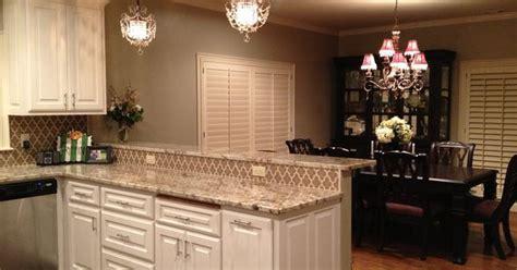reno kitchen cabinets sherwin williams universal khaki white cabinets walker 1850