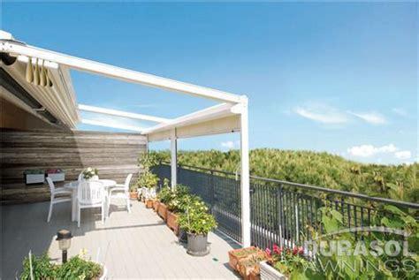 retractable patio roof creates  modern    outdoor space