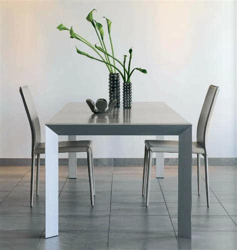 m chambre table en métal design gautier photo 7 15 table