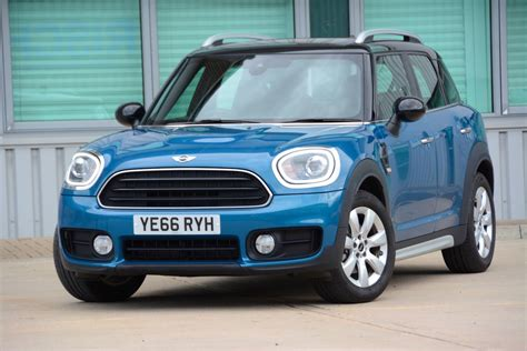 Mini Cooper D Countryman Review Greencarguidecouk