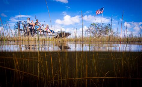 Boat Rides In Miami Fl by Florida Airboat Rides At Gator Park Everglades Airboat