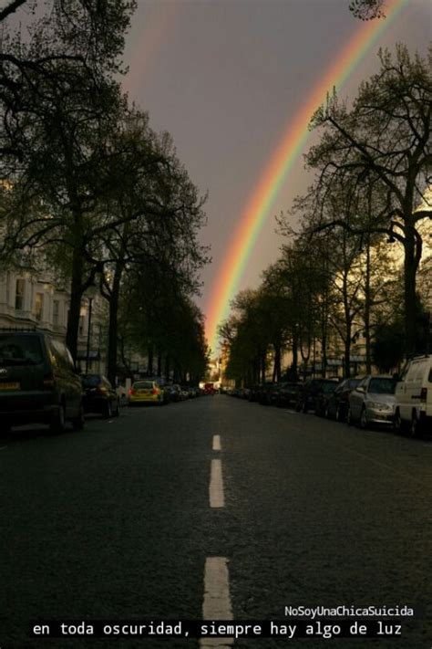Resultado de imagen para cielo con arcoiris tumblr