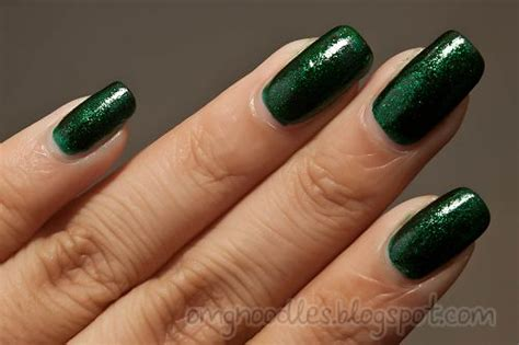 Emerald Green Gel Nails