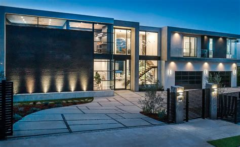 million modern  build  encino california homes   rich
