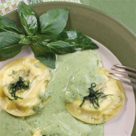pates aux basilic frais grosses ravioles de ch 232 vre frais au basilic cooking chef de kenwood espace recettes