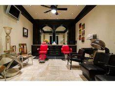 Garage Salon : 1000 images about salon on pinterest in home salon hair salons and hair appliance storage ~ Gottalentnigeria.com Avis de Voitures