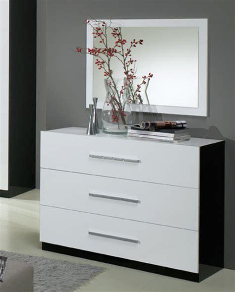 bureaux blanc laqué commode 3 tiroirs gloria noir et blanc blanc noir