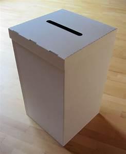 Tisch Aus Pappe : wahlurne aus karton pappe gro 70 cm wahlurnen ~ Sanjose-hotels-ca.com Haus und Dekorationen