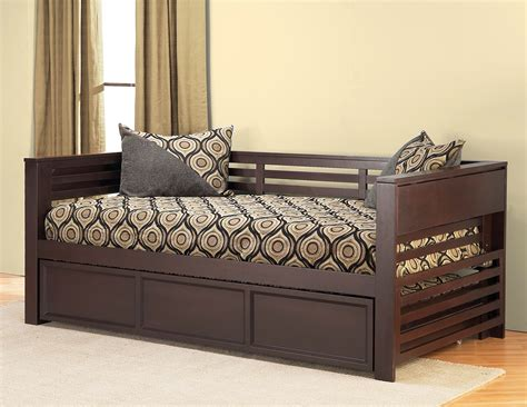 daybed with pop up alluring daybed with pop up trundle for inspiring bedroom