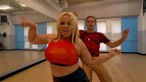 born    happy dance routine trisha paytas youtube