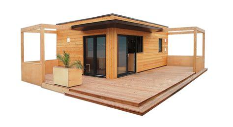 maison chalet bois habitable plan maison en l 100m2 16 chalet en bois habitable mzaol evtod