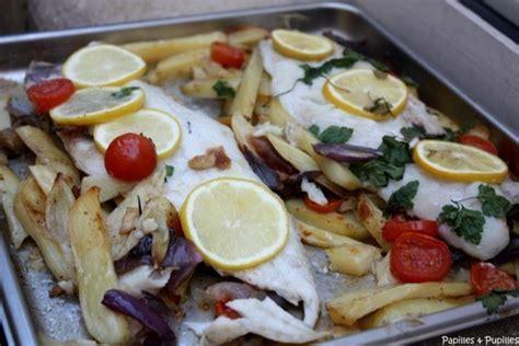 cuisiner le maigre au four filets de poisson rôtis merluchon aux pommes de terre et