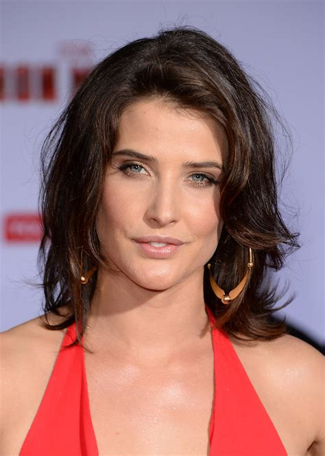 Cobie Smulders pictures gallery (36) | Film Actresses