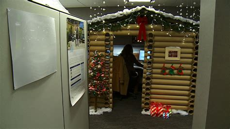 cubicle christmas decorations mpls office workers battle for best cubicle 171 wcco cbs minnesota