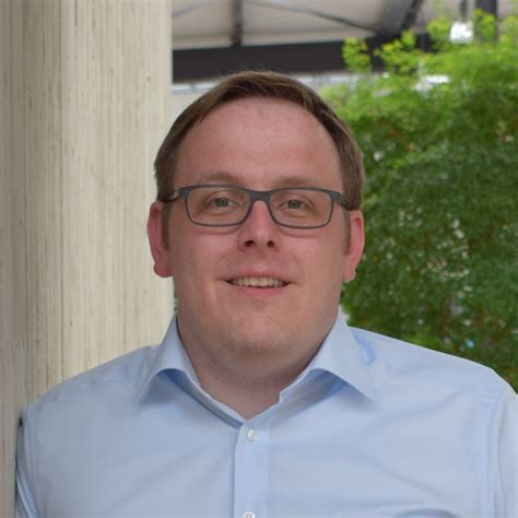 Henrik Holle - VP Engineering - Ubimax GmbH - Wearable ...