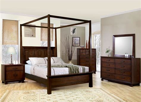 deep brown classy bedroom  solid wood canopy bed