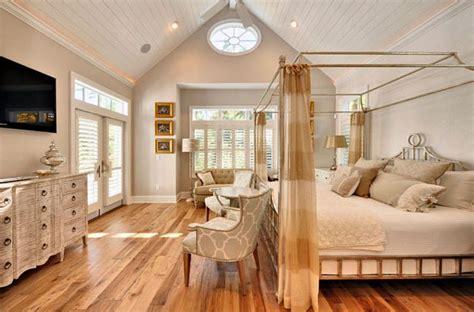 chambre blanche et bois lit baldaquin pour chambre en 50 images intéressantes