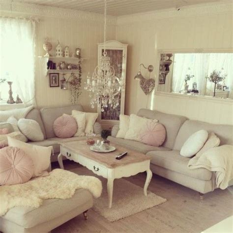 sofa shabby chic 1000 ideas about shabby chic sofa on chenille bedspread bedspreads and shabby chic