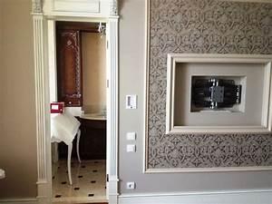 Tv Im Schlafzimmer : 3d ein beispiel f r die installation der tv im schlafzimmer wandnische tv ~ Markanthonyermac.com Haus und Dekorationen