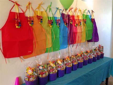 art party buckets  favors   good idea
