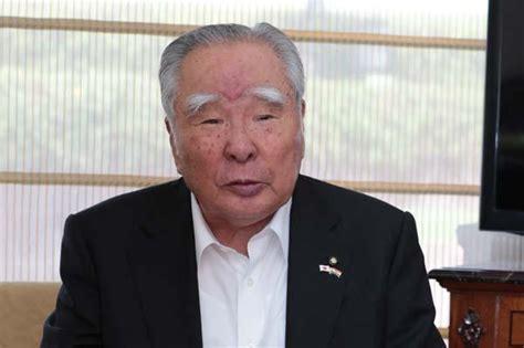Suzuki Osamu by Osamu Suzuki To Step As Suzuki Ceo Fuel Economy