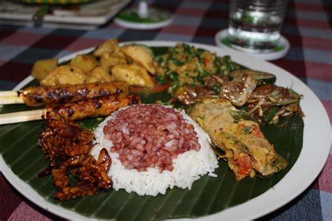cuisine balinaise cuisine balinaise traditionnelle plats typiques balinais